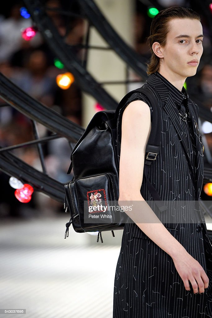 A model, details, walks the runway during the Dior Homme Menswear Spring/Summer 2017 show as part of Paris Fashion Week on June 25, 2016 in Paris, France.