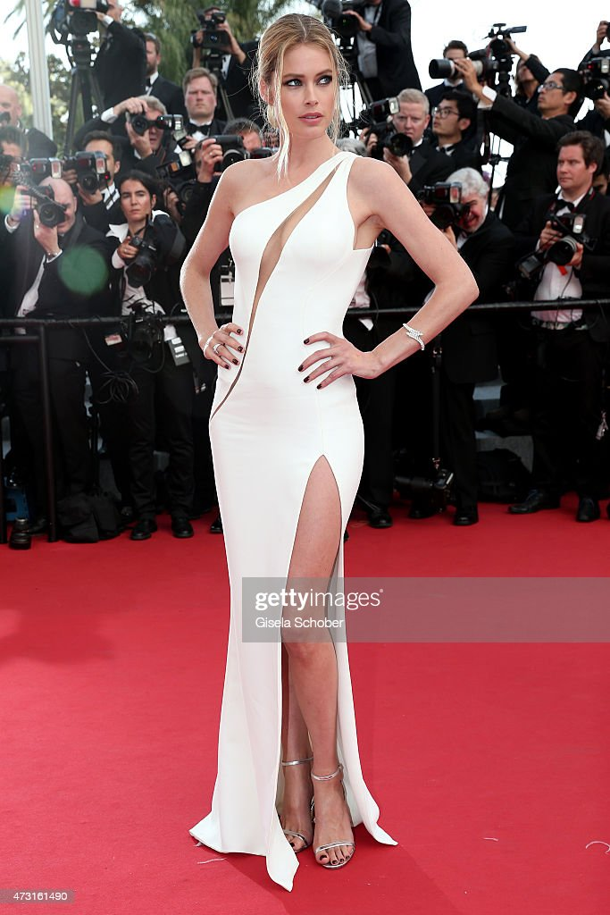 Model Doutzen Kroes attends the opening ceremony and premiere of 'La Tete Haute' during the 68th annual Cannes Film Festival on May 13 2015 in Cannes...