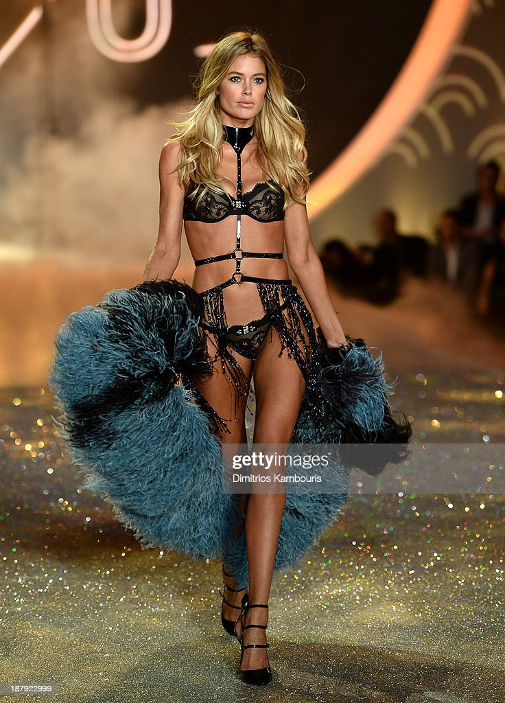 Model <a gi-track='captionPersonalityLinkClicked' href=/galleries/search?phrase=Doutzen+Kroes&family=editorial&specificpeople=859655 ng-click='$event.stopPropagation()'>Doutzen Kroes</a> walks the runway at the 2013 Victoria's Secret Fashion Show at Lexington Avenue Armory on November 13, 2013 in New York City.