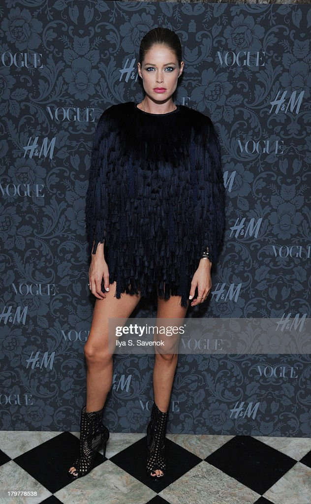Model Doutzen Kroes wearing H&M Spring 2014 attends H&M & Vogue Studios Celebrate 'Between The Shows' on September 6, 2013 in New York City.