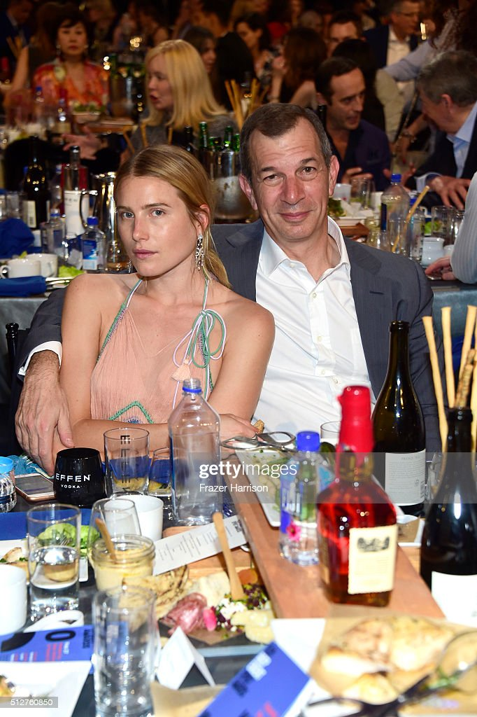 Model <a gi-track='captionPersonalityLinkClicked' href=/galleries/search?phrase=Dree+Hemingway&family=editorial&specificpeople=5650645 ng-click='$event.stopPropagation()'>Dree Hemingway</a> (L) and Piaget CEO <a gi-track='captionPersonalityLinkClicked' href=/galleries/search?phrase=Philippe+Leopold-Metzger&family=editorial&specificpeople=4900497 ng-click='$event.stopPropagation()'>Philippe Leopold-Metzger</a> attend the 2016 Film Independent Spirit Awards on February 27, 2016 in Santa Monica, California.