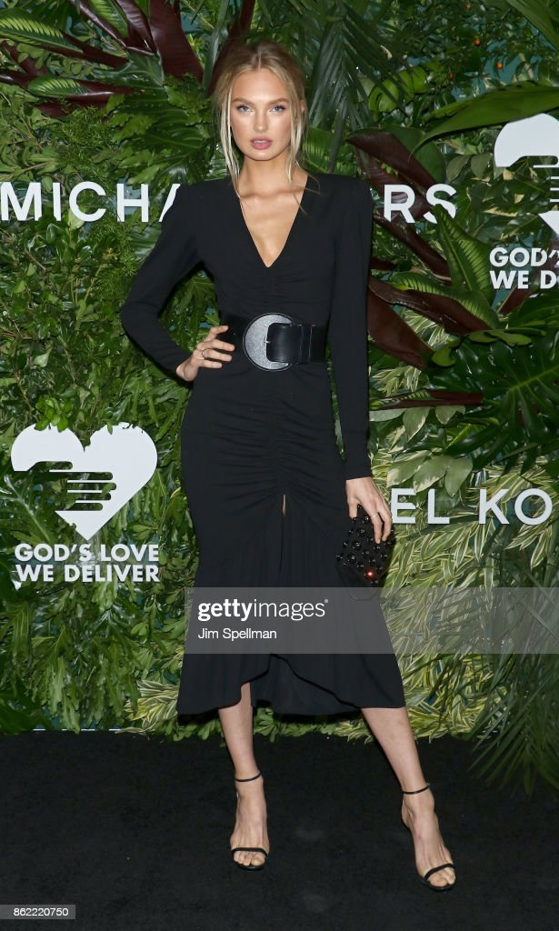 Model Elsa Hosk attends the 11th Annual God's Love We Deliver Golden Heart Awards at Spring Studios on October 16, 2017 in New York City.