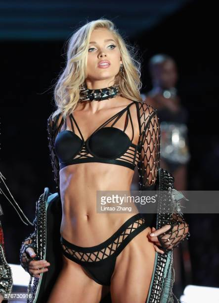 Model Elsa Hosk walks the runway for Swarovski Sparkles In the 2017 Victoria's Secret Fashion Show at MercedesBenz Arena on November 20 2017 in...
