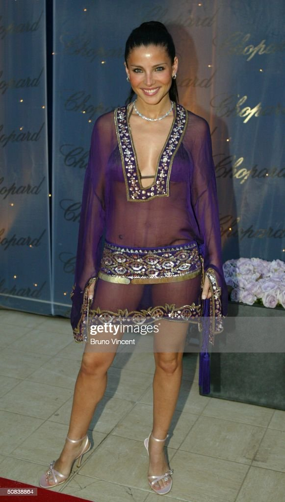 Model <a gi-track='captionPersonalityLinkClicked' href=/galleries/search?phrase=Elsa+Pataky&family=editorial&specificpeople=242789 ng-click='$event.stopPropagation()'>Elsa Pataky</a> attends 'The Chopard Trophy' party at Palm Beach on May 14, 2004 in Cannes, France. The party is Chopard's fourth annual awards ceremony recognising up-and-coming film actors.