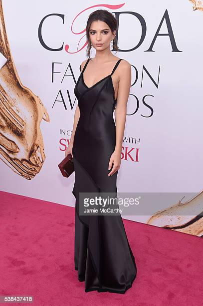 Model Emily Ratajkowski attends the 2016 CFDA Fashion Awards at the Hammerstein Ballroom on June 6 2016 in New York City