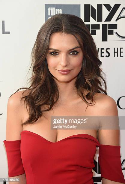Model Emily Ratajkowski attends the Opening Night Gala Presentation and World Premiere of 'Gone Girl' during the 52nd New York Film Festival at Alice...
