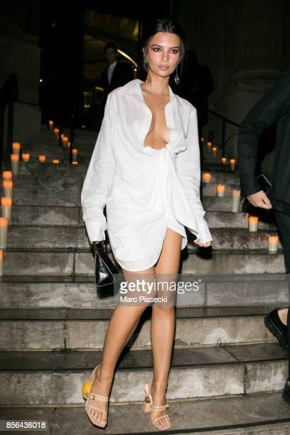 Model Emily Ratajkowski attends Vogue Party as part of the Paris Fashion Week Womenswear Spring/Summer 2018 at on October 1 2017 in Paris France