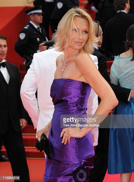 Model Estelle Lefebure attends the 'Che' premiere at the Palais des Festivals during the 61st International Cannes Film Festival on May 21 2008 in...