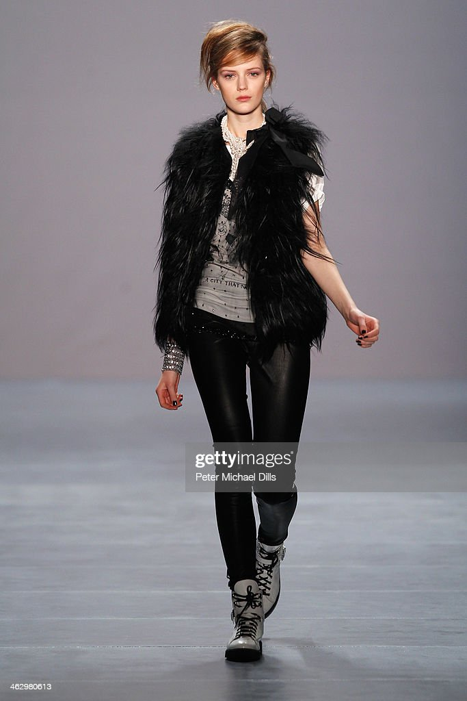 Model Esther Heesch walks the runway at the Marc Cain show during Mercedes-Benz Fashion Week Autumn/Winter 2014/15 at Brandenburg Gate on January 16, 2014 in Berlin, Germany.