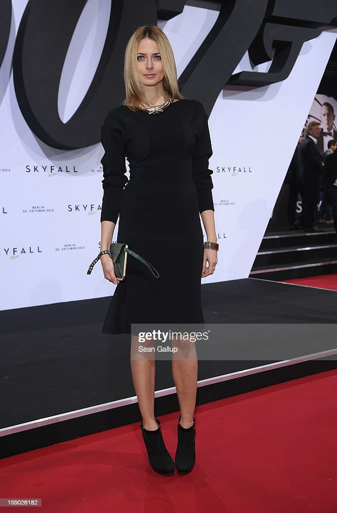 Model Eva Padberg attends the Germany premiere of 'Skyfall' at the Theater am Potsdamer Platz on October 30, 2012 in Berlin, Germany.