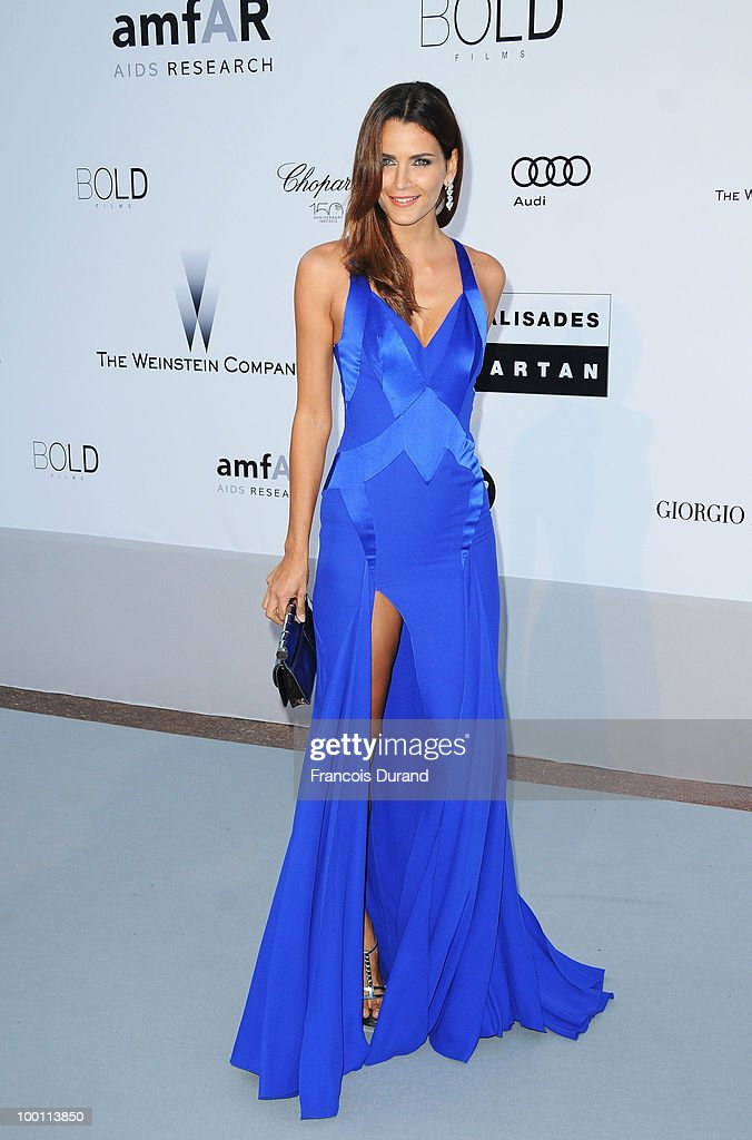 Model Fernanda Motta arrives at amfAR's Cinema Against AIDS 2010 benefit gala at the Hotel du Cap on May 20, 2010 in Antibes, France.