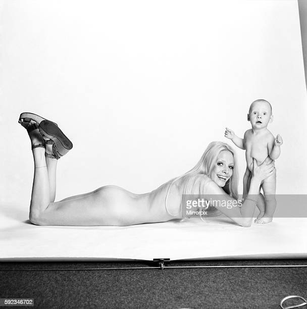 Model Flanagan with son JJ February 1975 7500812004