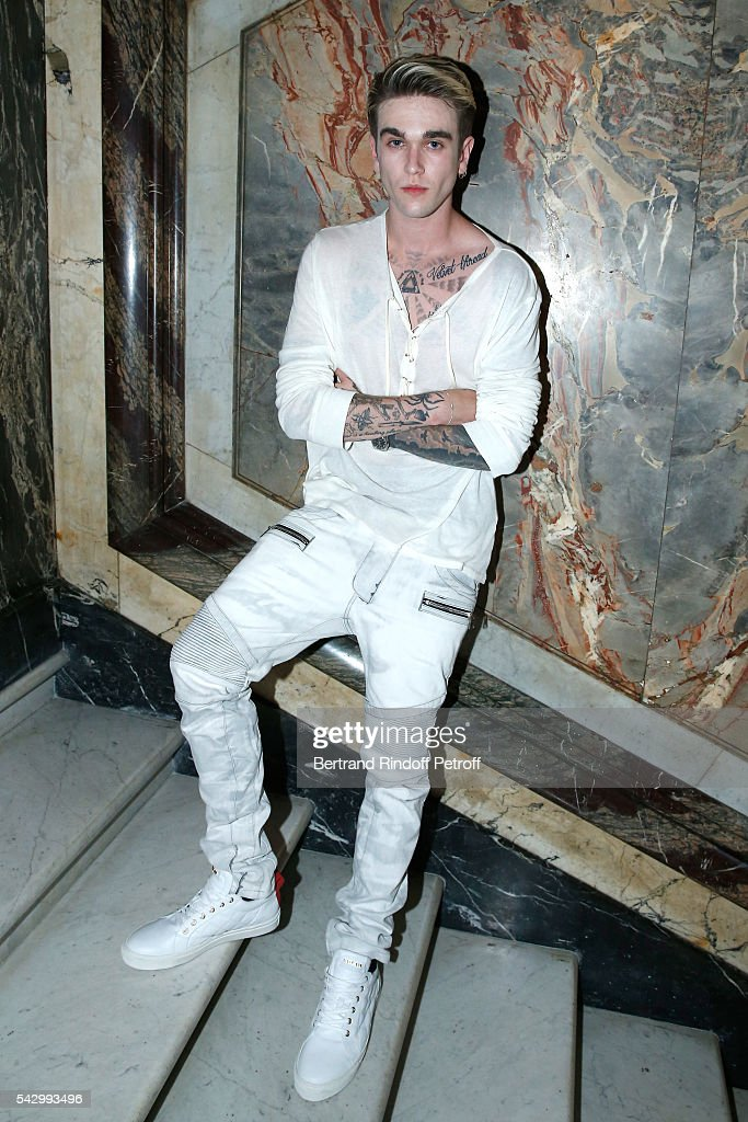 Model Gabriel-Kane Day-Lewis attends the Balmain Menswear Spring/Summer 2017 show as part of Paris Fashion Week on June 25, 2016 in Paris, France.