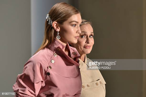 TOPSHOT Model Gigi Hadid and actress Lauren Hutton present creations for fashion house Bottega Veneta during the 2017 Women's Spring / Summer...
