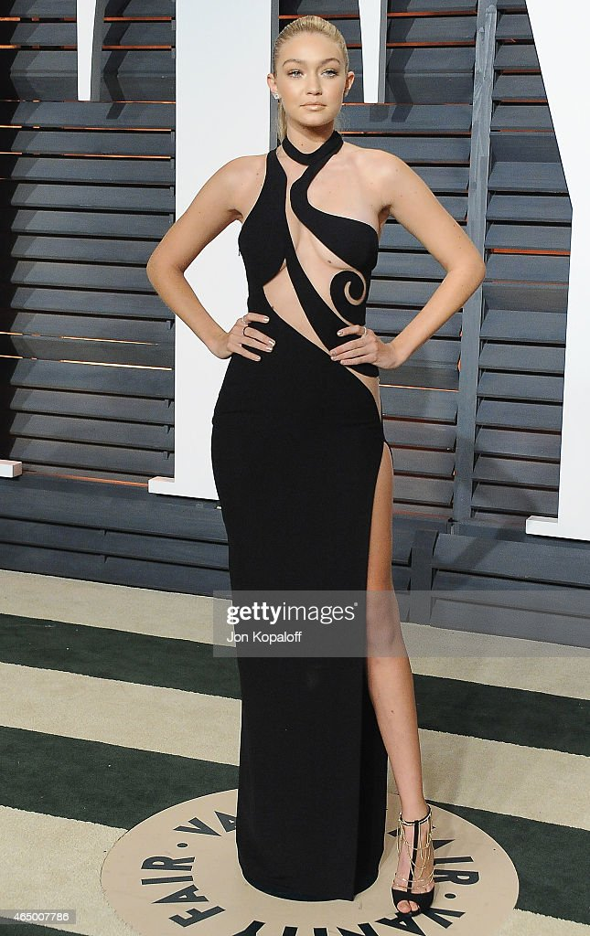 Model Gigi Hadid arrives at the 2015 Vanity Fair Oscar Party Hosted By Graydon Carter at Wallis Annenberg Center for the Performing Arts on February...