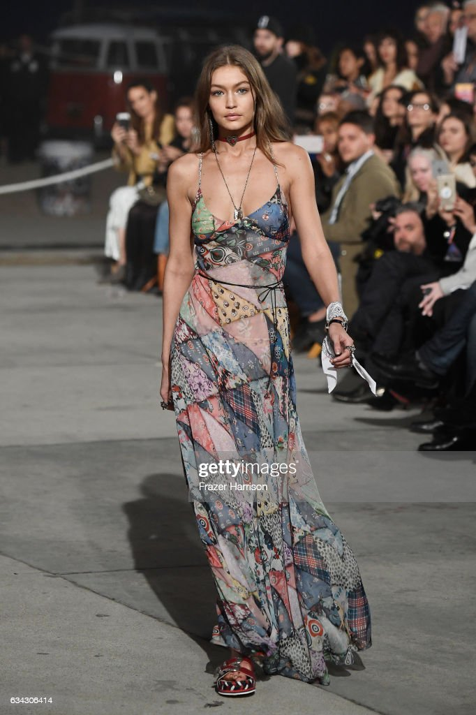 model-gigi-hadid-walks-the-runway-at-the-tommyland-tommy-hilfiger-picture-id634306414