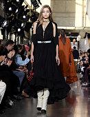 Lanvin : Runway - Paris Fashion Week - Menswear F/W...