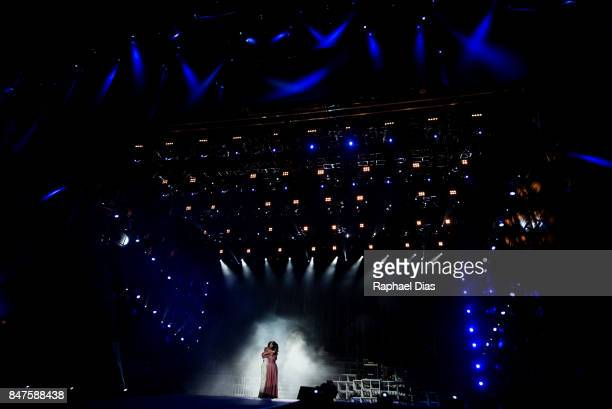 Model Gisele Bundchen and singer Ivete Sangalo perform the song 'Imagine' during day 1 of Rock in Rio 2017 on September 15 2017 in Rio de Janeiro...