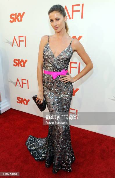 Model Gisele Bundchen arrives at the 39th AFI Life Achievement Award honoring Morgan Freeman held at Sony Pictures Studios on June 9 2011 in Culver...