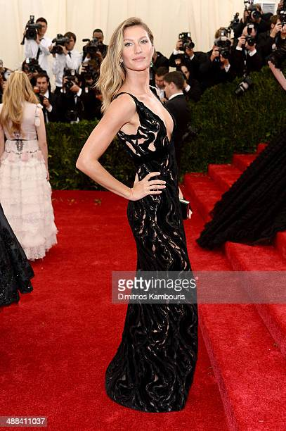 Model Gisele Bundchen attends the 'Charles James Beyond Fashion' Costume Institute Gala at the Metropolitan Museum of Art on May 5 2014 in New York...