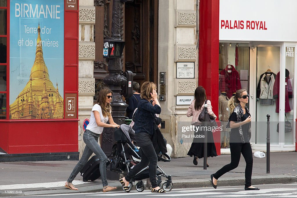 Model Gisele Bundchen (L) is sighted on the 'Avenue de l'Opera' on June 20, 2013 in Paris, France.