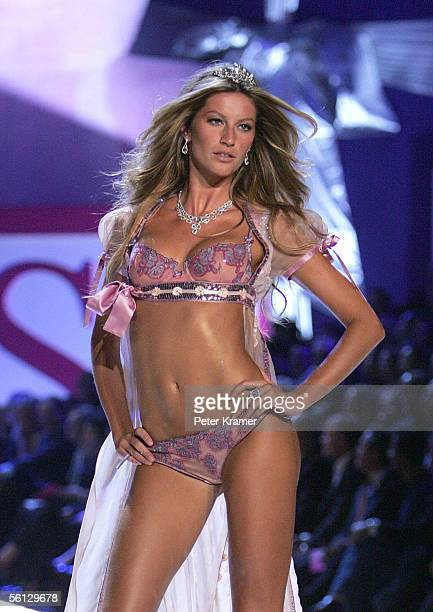 Model Gisele Bundchen walks the runway at The Victoria's Secret Fashion Show at the 69th Regiment Armory November 9 2005 in New York City
