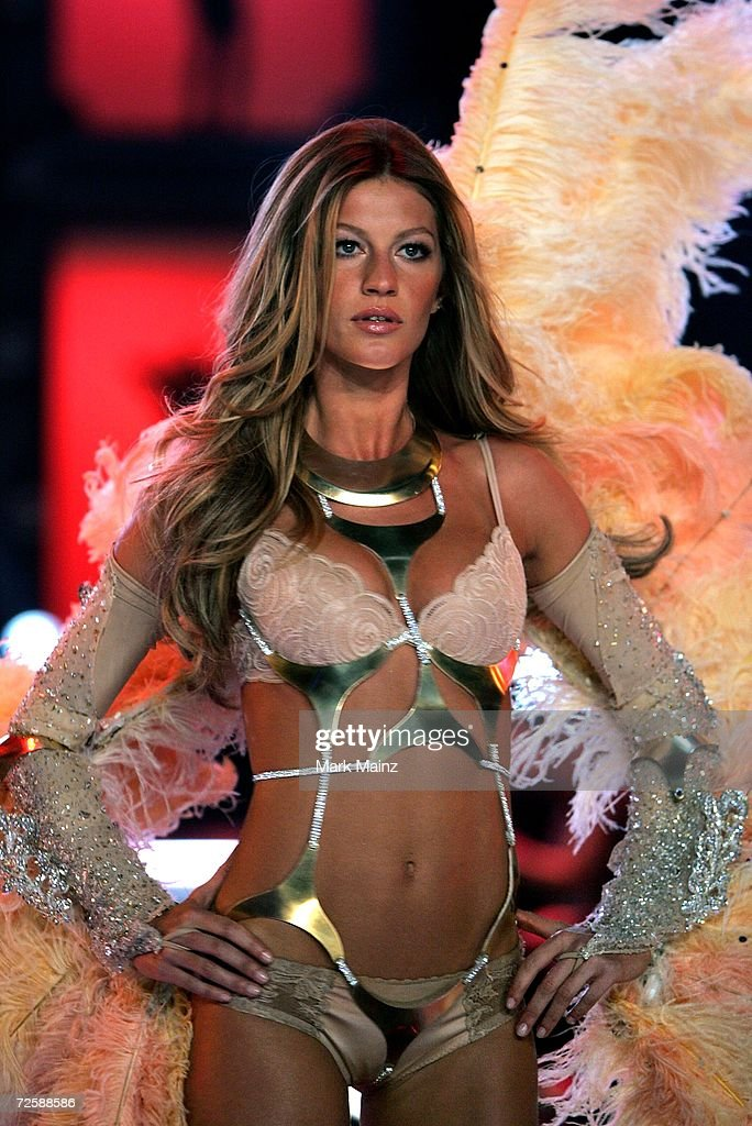 Model Gisele Bundchen walks the runway during the Victoria's Secret Fashion Show held at the Kodak Theatre on November 16, 2006 in Hollywood, California. The show will be broadcast December 5, 2006 on CBS.