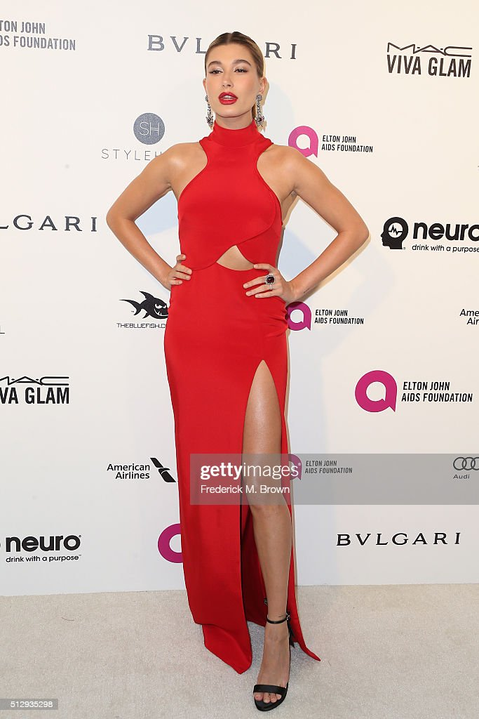Model Hailey Rhode Baldwin attends the 24th Annual Elton John AIDS Foundation's Oscar Viewing Party on February 28 2016 in West Hollywood California