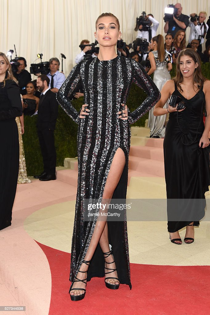 Model Hailey Rhode Baldwin attends the 'Manus x Machina: Fashion In An Age Of Technology' Costume Institute Gala at Metropolitan Museum of Art on May 2, 2016 in New York City.