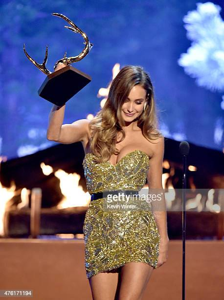 Model Hannah Davis accepts the Our New Girlfriend award onstage during Spike TV's Guys Choice 2015 at Sony Pictures Studios on June 6 2015 in Culver...