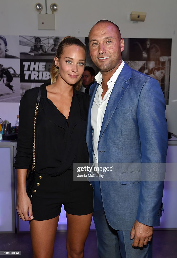 Model <a gi-track='captionPersonalityLinkClicked' href=/galleries/search?phrase=Hannah+Davis+-+Model&family=editorial&specificpeople=11162105 ng-click='$event.stopPropagation()'>Hannah Davis</a> and Baseball player <a gi-track='captionPersonalityLinkClicked' href=/galleries/search?phrase=Derek+Jeter&family=editorial&specificpeople=167125 ng-click='$event.stopPropagation()'>Derek Jeter</a> and and founding publisher of The Players' Tribune attend the Player's Tribune party to celebrate women in sports and the 2015 U.S. Open on August 24, 2015 in New York City.