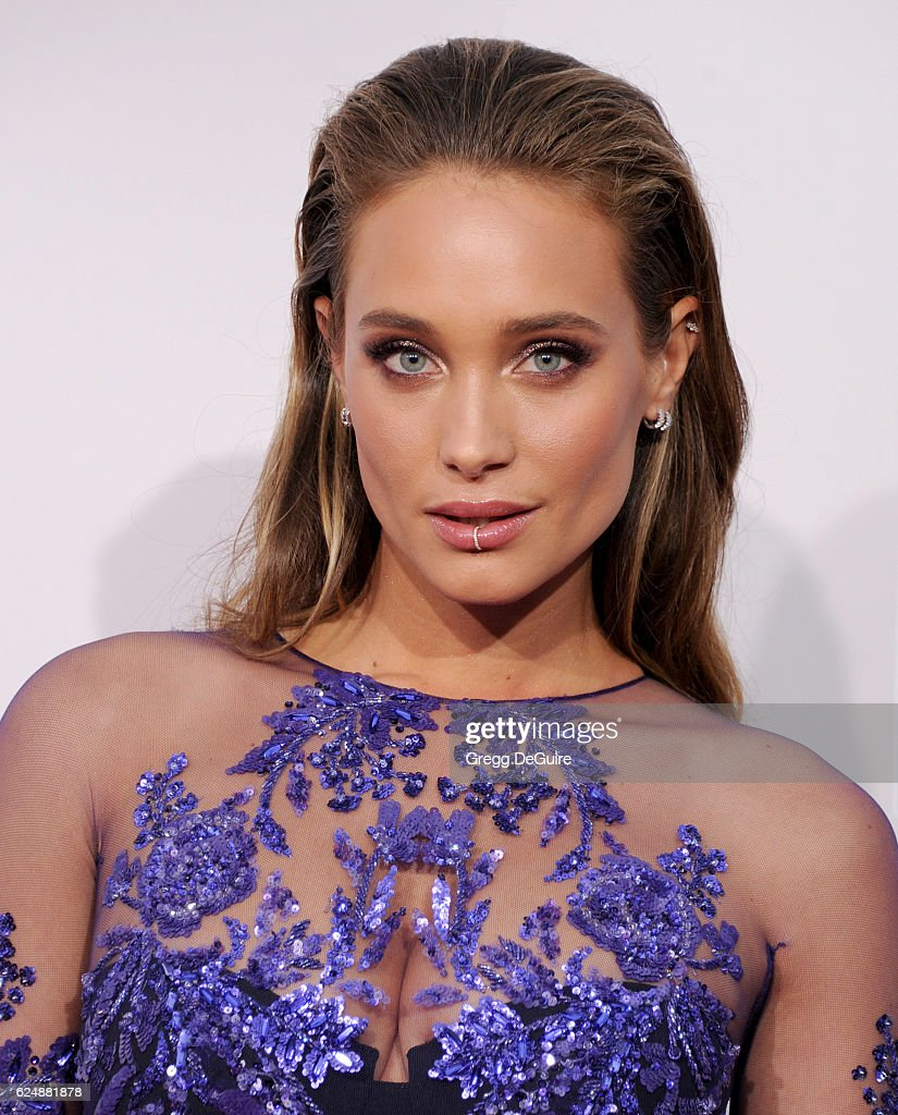 Model Hannah Davis arrives at the 2016 American Music Awards at Microsoft Theater on November 20, 2016 in Los Angeles, California.