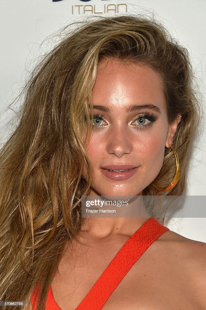 Model <a gi-track='captionPersonalityLinkClicked' href=/galleries/search?phrase=Hannah+Davis+-+Model&family=editorial&specificpeople=11162105 ng-click='$event.stopPropagation()'>Hannah Davis</a> attends Sports Illustrated Swimsuit South Beach Soiree at The Gale Hotel on February 20, 2014 in Miami, Florida.