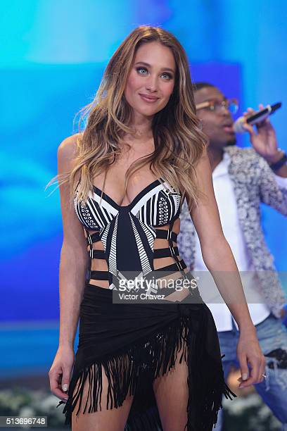 Model Hannah Davis walks the runway during the Liverpool Fashion Fest Spring/Summer 2016 at Televisa San Angel on March 3 2016 in Mexico City Mexico