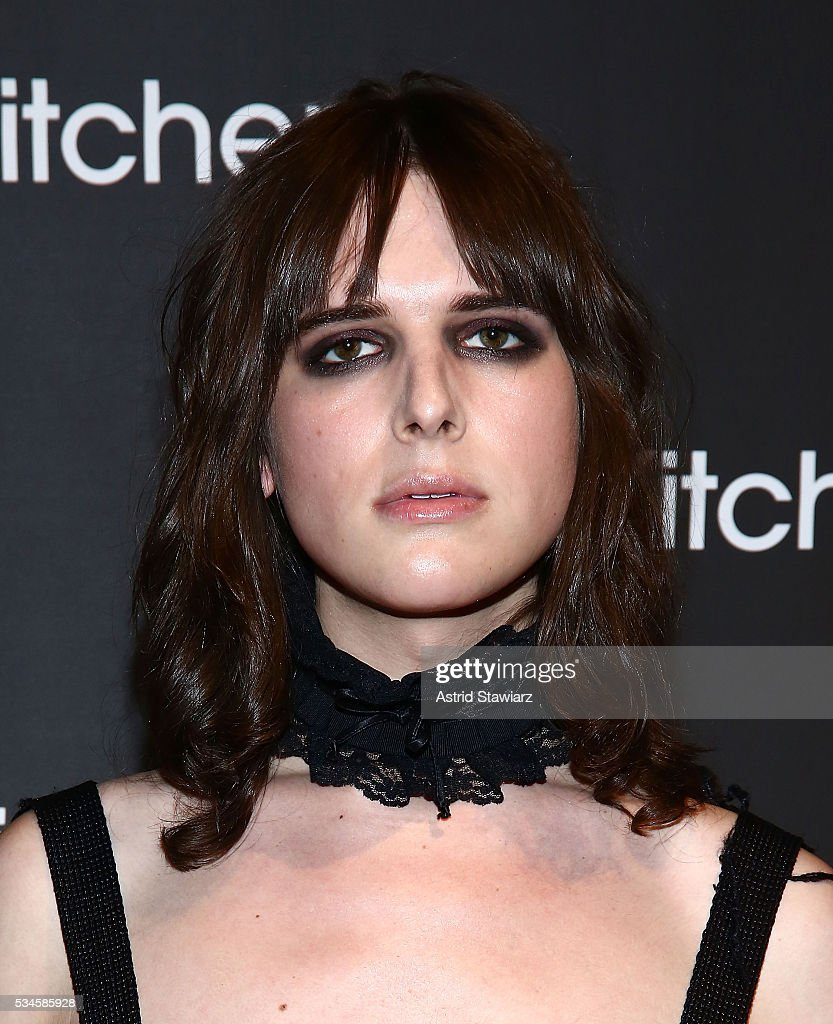 Model <a gi-track='captionPersonalityLinkClicked' href=/galleries/search?phrase=Hari+Nef&family=editorial&specificpeople=13930762 ng-click='$event.stopPropagation()'>Hari Nef</a> attends 2016 Kitchen Spring Gala Benefit at Cipriani Wall Street on May 26, 2016 in New York City.