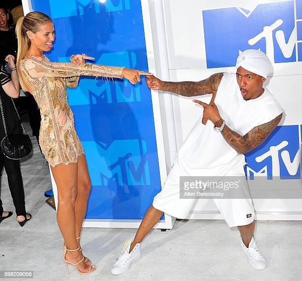 Model Heidi Klum and Nick Cannon arrive at the 2016 MTV Video Music Awards at Madison Square Garden on August 28 2016 in New York City