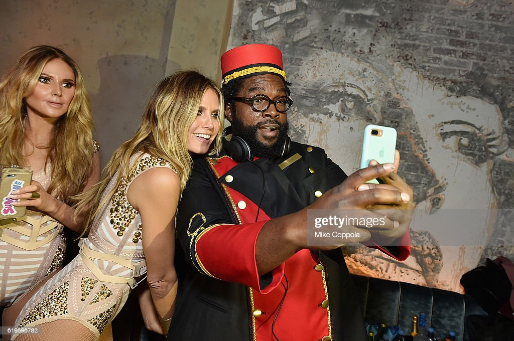 Model Heidi Klum and Questlove attend Heidi Klum's 17th Annual Halloween Party sponsored by SVEDKA Vodka at Vandal on October 31, 2016 in New York City.