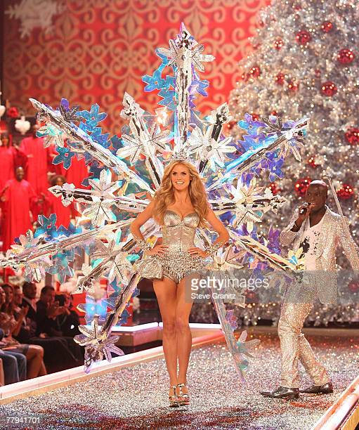 Model Heidi Klum and singer Seal at the 12th Annual Victorias Secret Fashion Show at The Kodak Theatre on November 15 2007 in Hollywood California