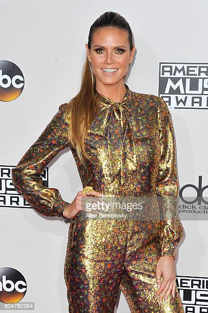 Model Heidi Klum arrives at the 2016 American Music Awards at Microsoft Theater on November 20 2016 in Los Angeles California