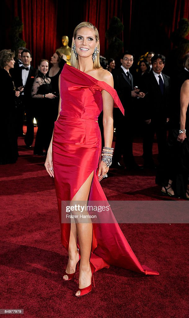 Model Heidi Klum arrives at the 81st Annual Academy Awards held at Kodak Theatre on February 22, 2009 in Los Angeles, California.