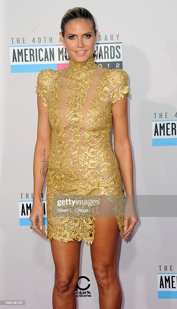 Model Heidi Klum arrives for the 40th Anniversary American Music Awards - Arrivals held at Nokia Theater L.A. Live on November 18, 2012 in Los Angeles, California.