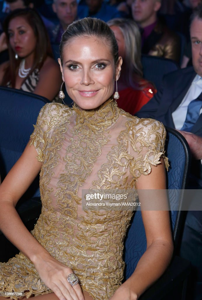 Model <a gi-track='captionPersonalityLinkClicked' href=/galleries/search?phrase=Heidi+Klum&family=editorial&specificpeople=178954 ng-click='$event.stopPropagation()'>Heidi Klum</a> at the 40th American Music Awards held at Nokia Theatre L.A. Live on November 18, 2012 in Los Angeles, California.