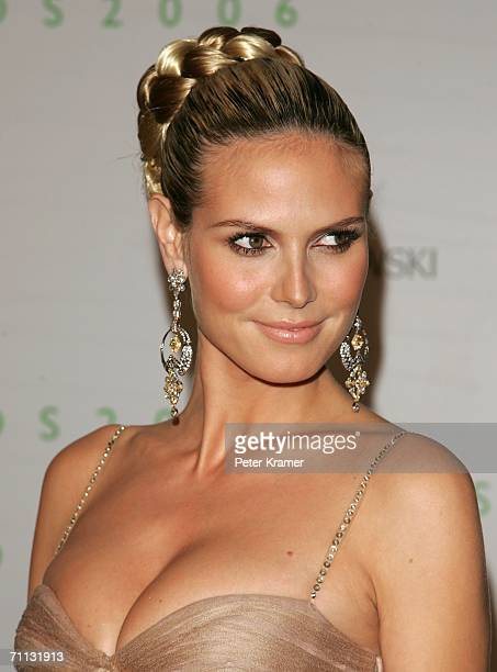 Model Heidi Klum attends the 2006 CFDA Awards at the New York Public Library on June 5 2006 in New York City
