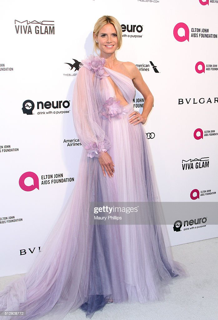 Model Heidi Klum attends the 24th Annual Elton John AIDS Foundation's Oscar Viewing Party Arrivals on February 28 2016 in West Hollywood California