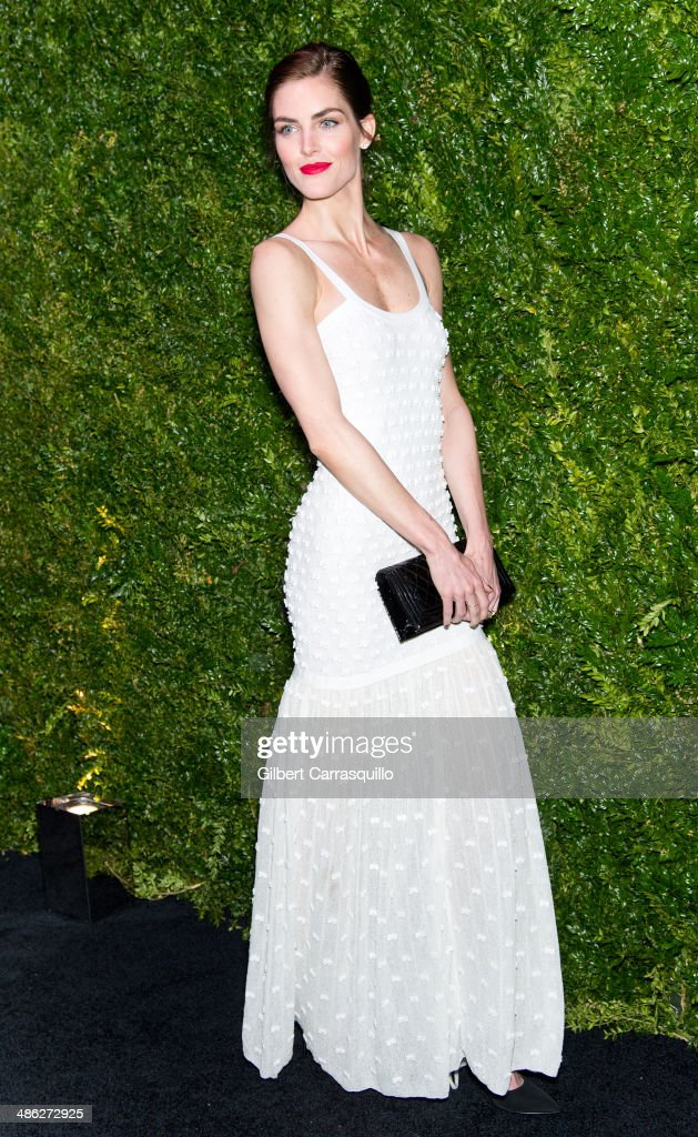 Model <a gi-track='captionPersonalityLinkClicked' href=/galleries/search?phrase=Hilary+Rhoda&family=editorial&specificpeople=637945 ng-click='$event.stopPropagation()'>Hilary Rhoda</a> attends the 9th annual Chanel Artists Dinner during the 2014 Tribeca Film Festival at Balthazar on April 22, 2014 in New York, New York.