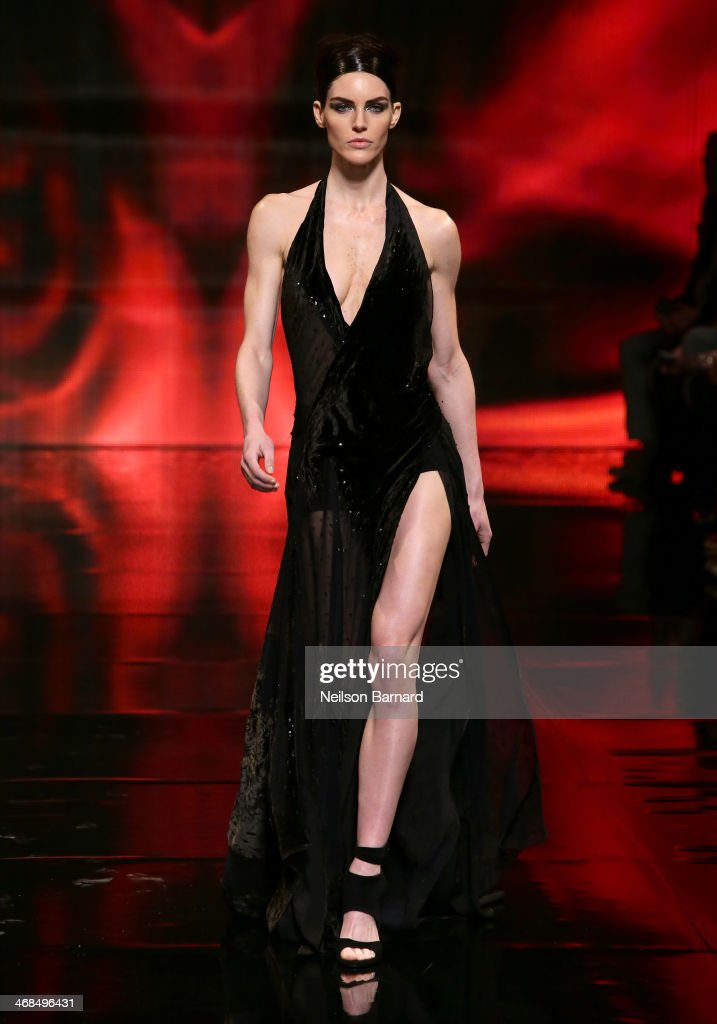 Model <a gi-track='captionPersonalityLinkClicked' href=/galleries/search?phrase=Hilary+Rhoda&family=editorial&specificpeople=637945 ng-click='$event.stopPropagation()'>Hilary Rhoda</a> walks the runway at the Donna Karan New York 30th Anniversary fashion show during Mercedes-Benz Fashion Week Fall 2014 on February 10, 2014 in New York City.