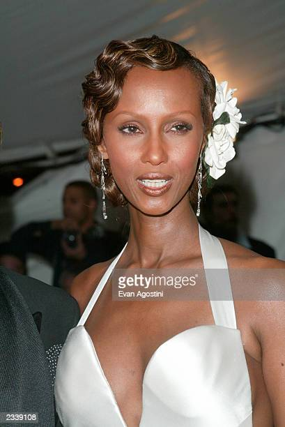 Model Iman arrives at the Metropolitan Museum of Art Costume Institute Benefit Gala sponsored by Gucci April 28 2003 at The Metropolitan Museum of...