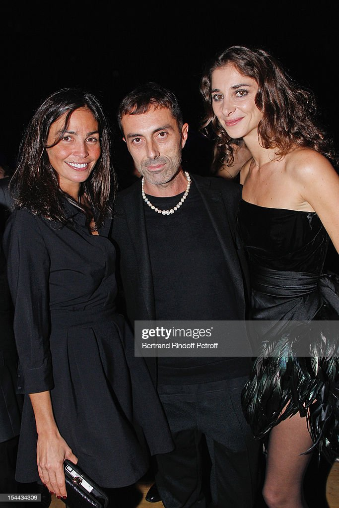 Model <a gi-track='captionPersonalityLinkClicked' href=/galleries/search?phrase=Ines+Sastre&family=editorial&specificpeople=206220 ng-click='$event.stopPropagation()'>Ines Sastre</a>, fashion designer Giambattista Valli and Lorraine Ricard attend 'Bal Jaune 2012' organized by the Ricard Corporate Foundation for Contemporary Arts at Ile Seguin on October 19, 2012 in Boulogne-Billancourt, France.