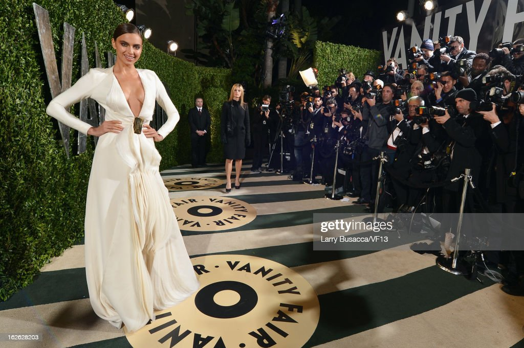 Model Irina Shayk arrives for the 2013 Vanity Fair Oscar Party hosted by Graydon Carter at Sunset Tower on February 24, 2013 in West Hollywood, California.