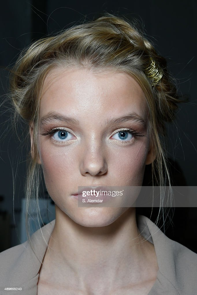 A model is seen backstage ahead of the Alberta Ferretti show during Milan Fashion Week Spring/Summer 2016 on September 23 2015 in Milan Italy